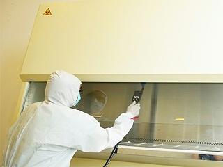 工作场景图-生物安全柜检测